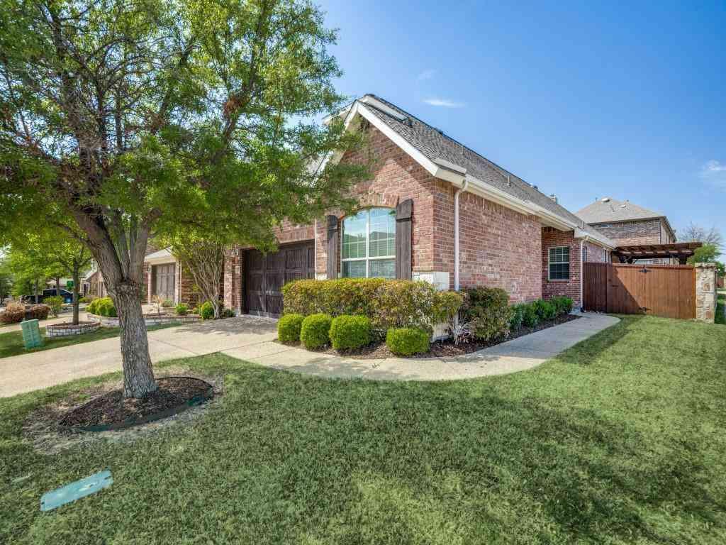 200 Vagon Castle Lane, Lewisville, TX, 75056,