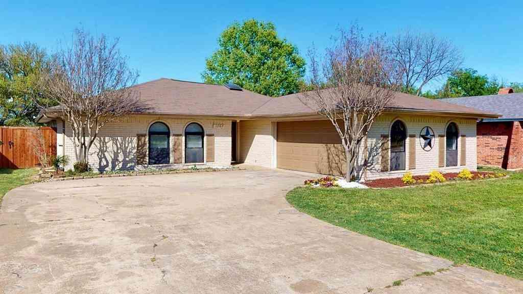 1707 Juniper Lane, Lewisville, TX, 75077,