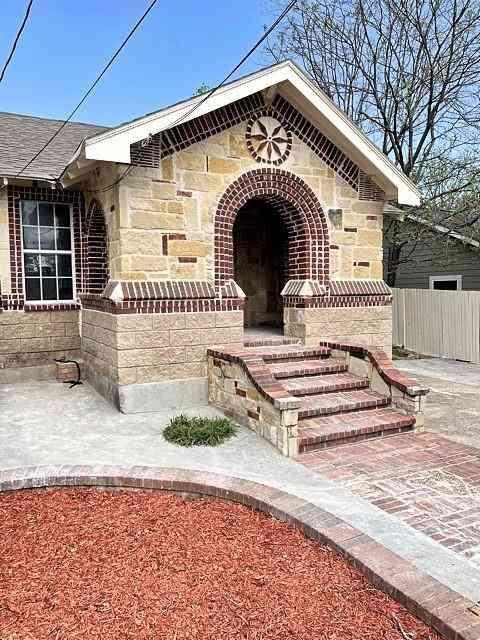 1519 E Waco Avenue, Dallas, TX, 75216,
