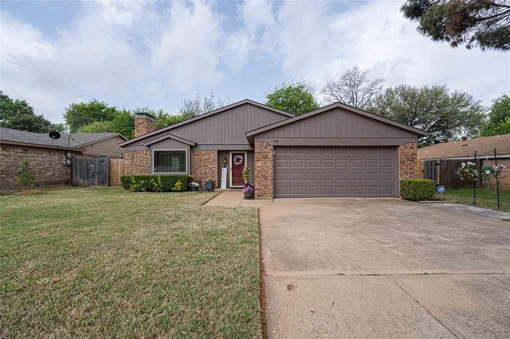 718 Matthews Court, Arlington, TX, 76012,