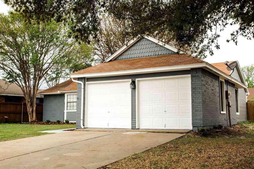 2662 Fairmont Drive, Grand Prairie, TX, 75052,