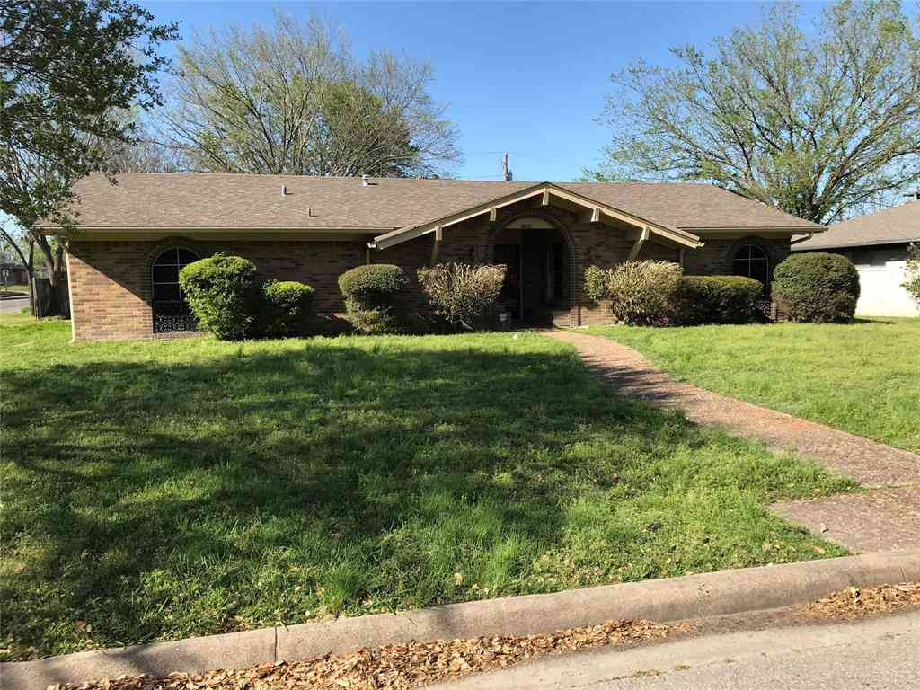 2208 Park Springs Court, Arlington, TX, 76013,