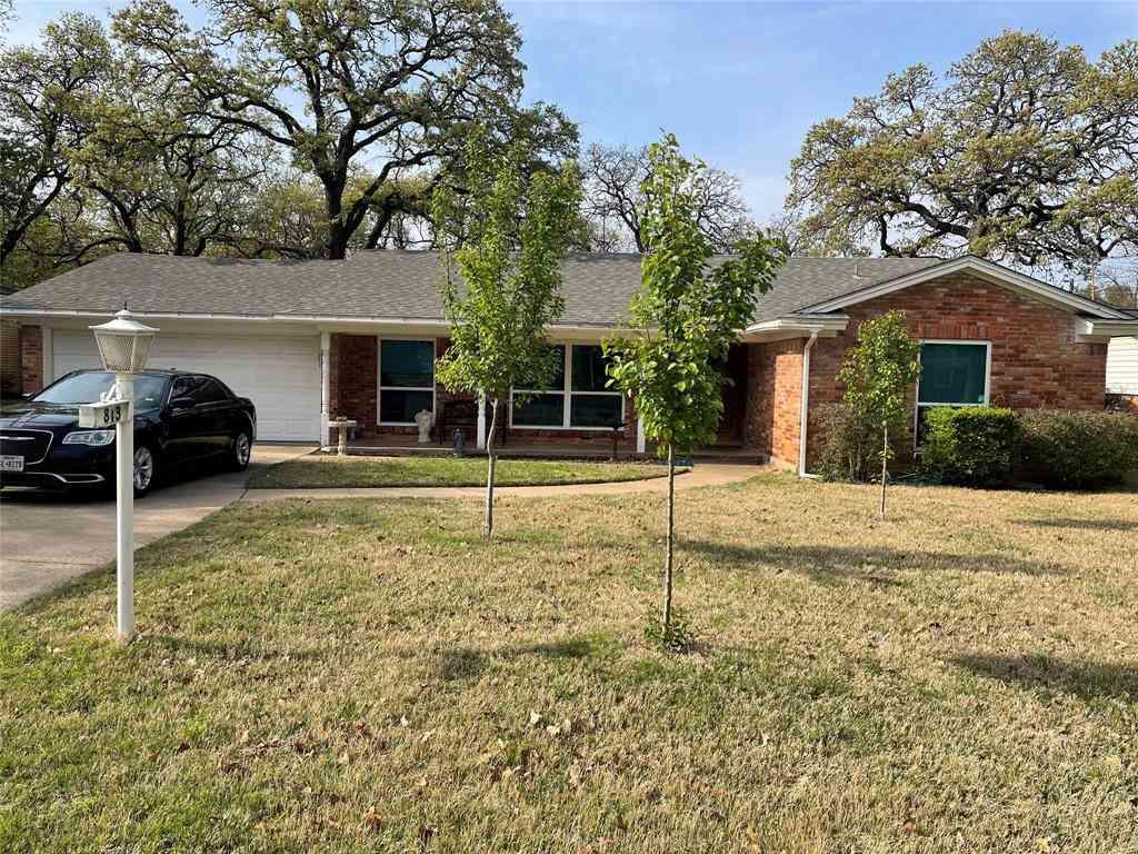 813 Ruth Lane, Hurst, TX, 76053,