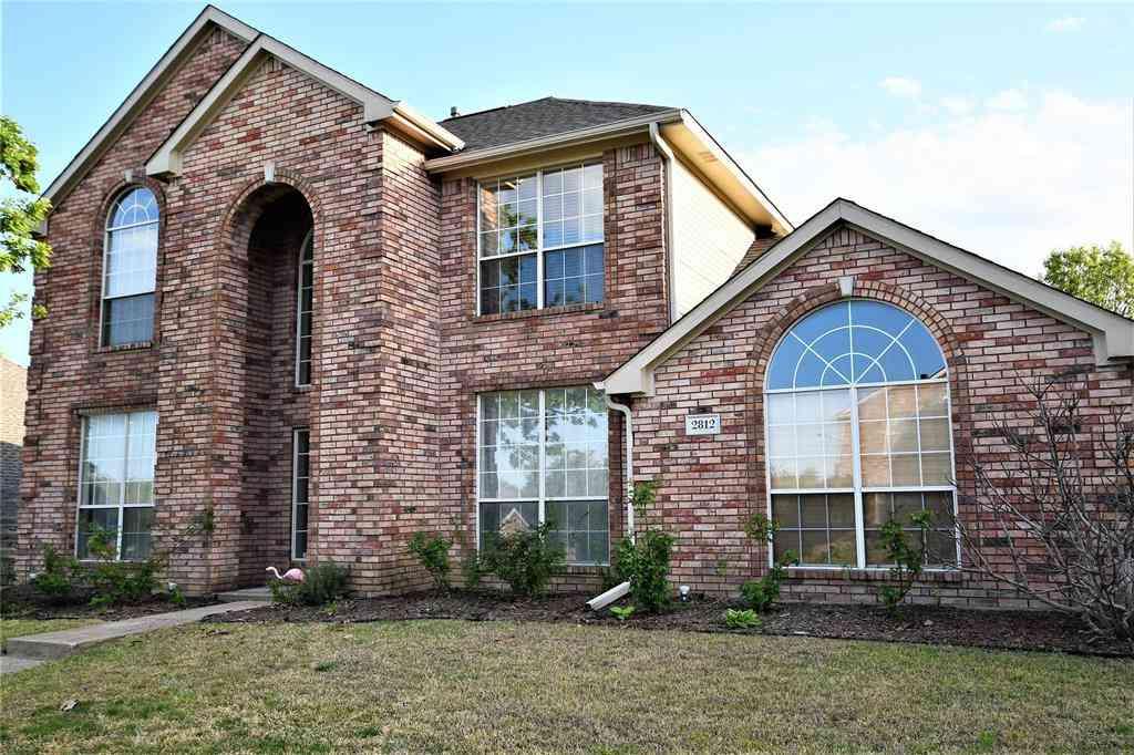 2812 Southridge Drive, Sachse, TX, 75048,