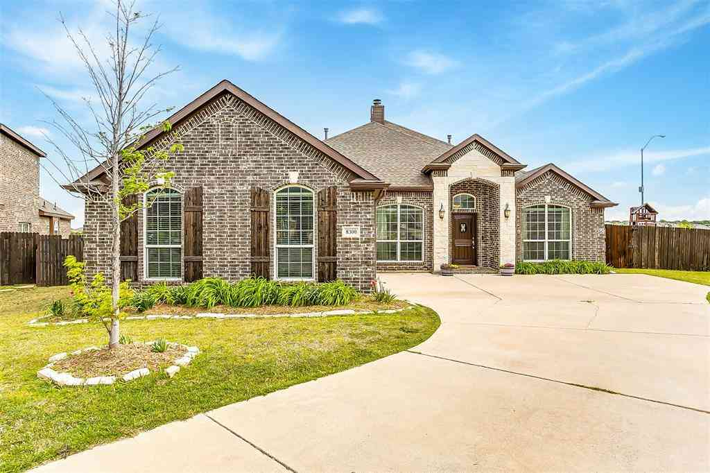 8300 Blue Periwinkle Lane, Fort Worth, TX, 76123,