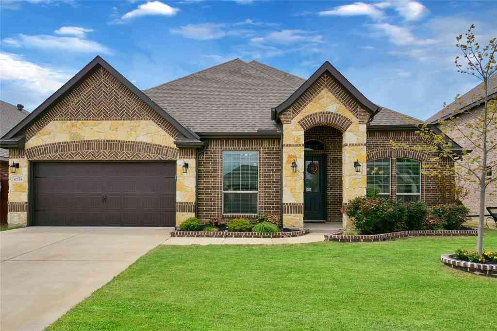 8728 Grassy Hill Lane, Fort Worth, TX, 76123,