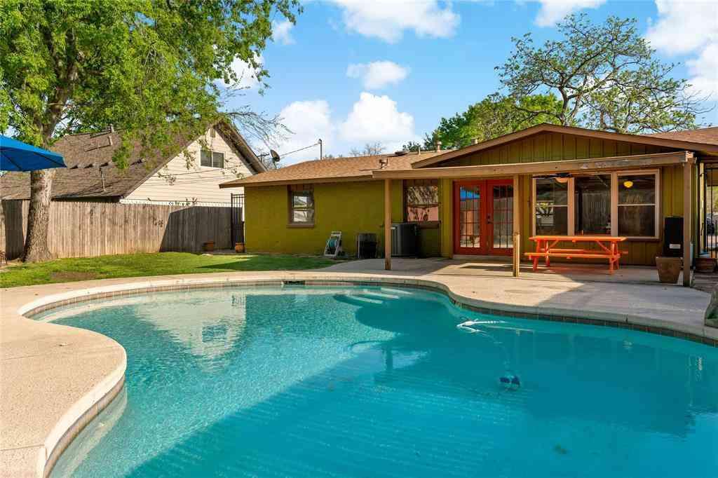 802 Sherbrook Drive, Richardson, TX, 75080,