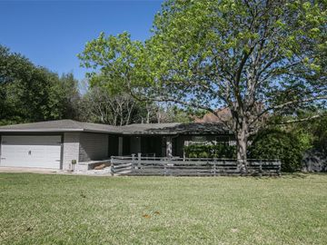 4451 Ridgevale Road, Fort Worth, TX, 76116,