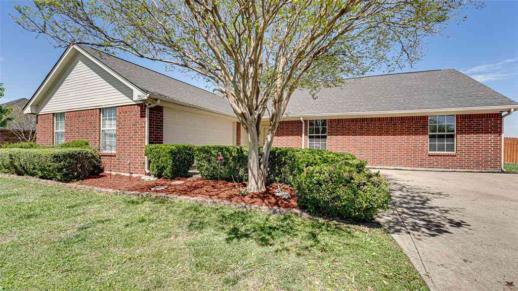 725 Gibson Road, Waxahachie, TX, 75165,