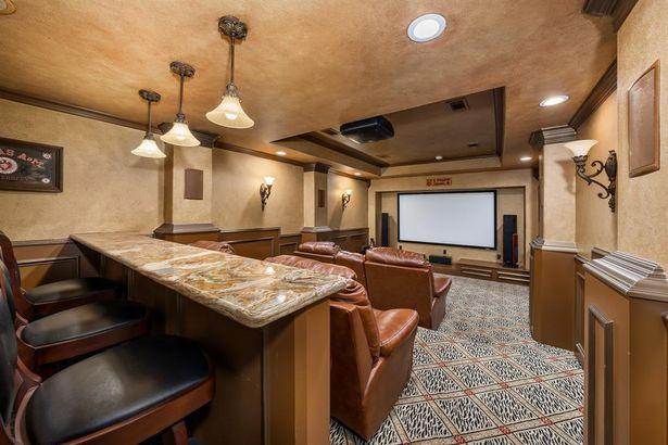 5809 Sandstone Court