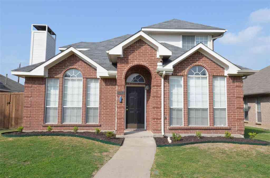 2241 Bresee Drive, Carrollton, TX, 75010,