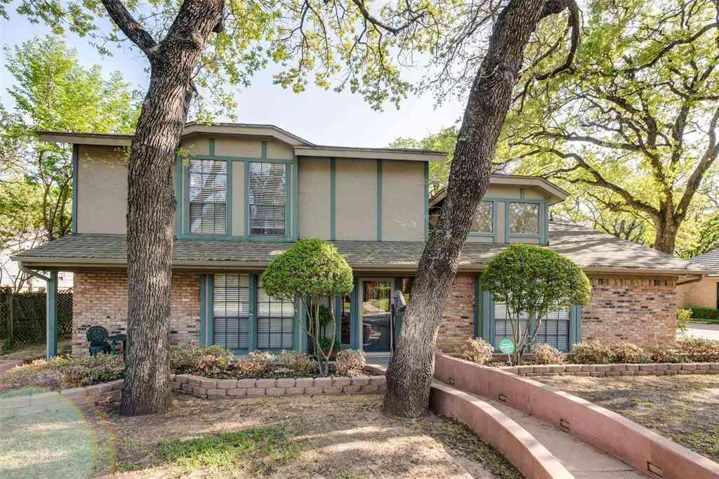 2108 Riverforest Drive, Arlington, TX, 76017,