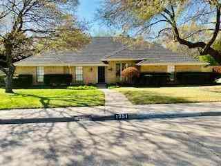 1051 Nottingham Drive, Cedar Hill, TX, 75104,