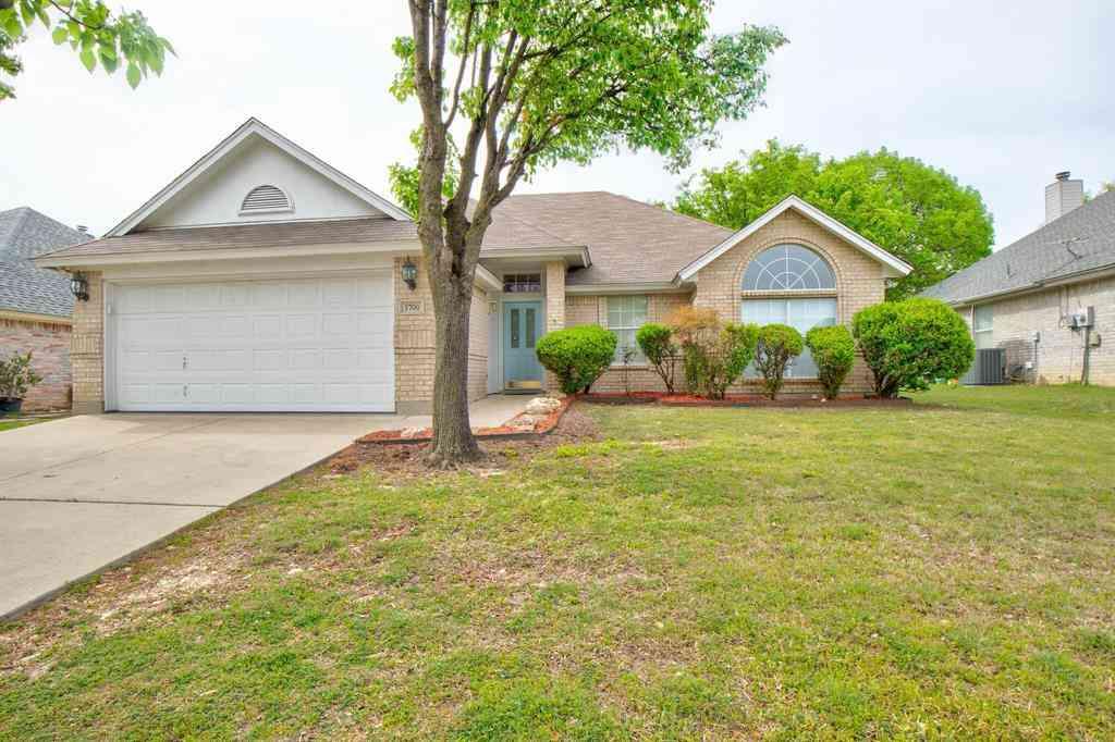 5700 Straightaway Drive, Haltom City, TX, 76117,