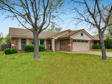 2904 Southpark Lane, Fort Worth, TX, 76133,