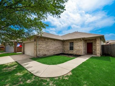 9348 Cynthia Court, Fort Worth, TX, 76140,
