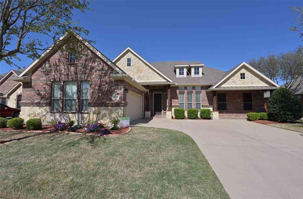 8405 Pecan Creek Drive, Arlington, TX, 76001,