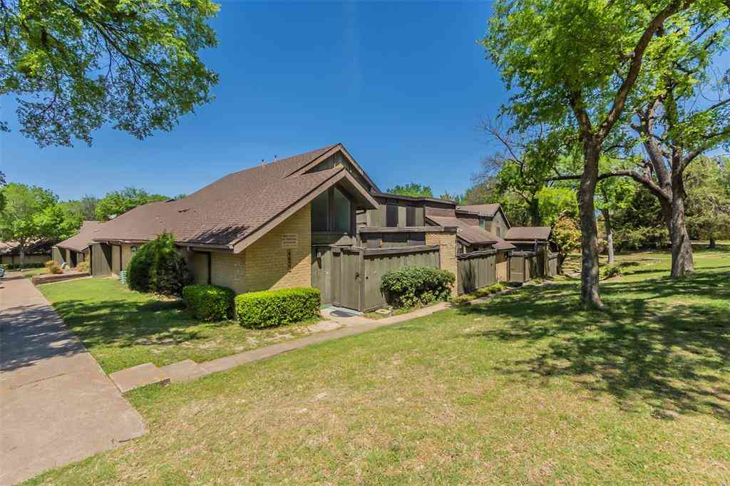 4653 Country Creek Drive #1125, Dallas, TX, 75236,