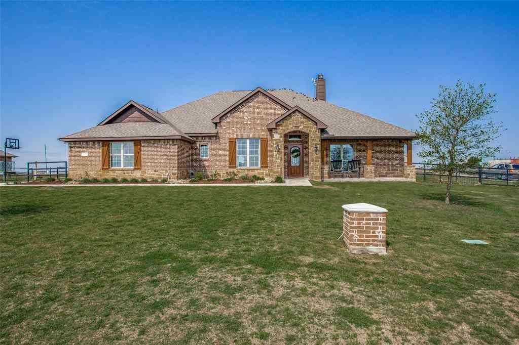 170 County Road 4430, Rhome, TX, 76078,