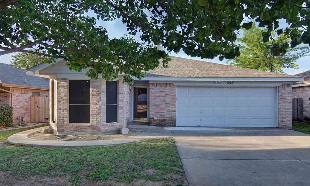 10225 Brea Canyon Road, Fort Worth, TX, 76108,