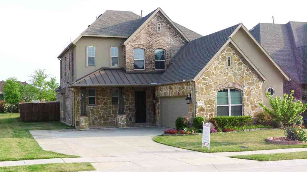 312 Ridgewood Drive, Lewisville, TX, 75067,