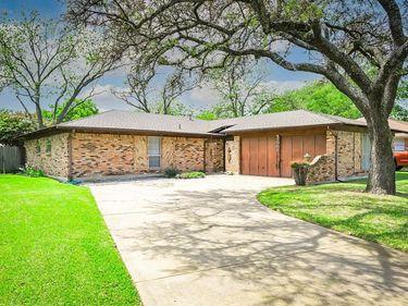 2005 Cliffside Drive, Edgecliff Village, TX, 76134,