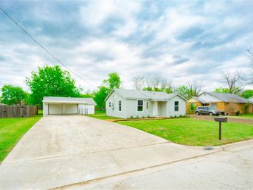8020 Raymond Avenue, White Settlement, TX, 76108,