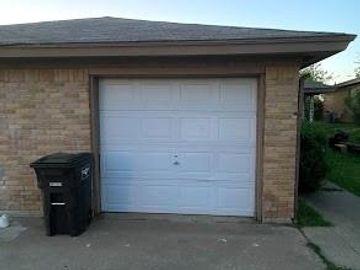 2832 Ridgecrest Drive, Fort Worth, TX, 76133,