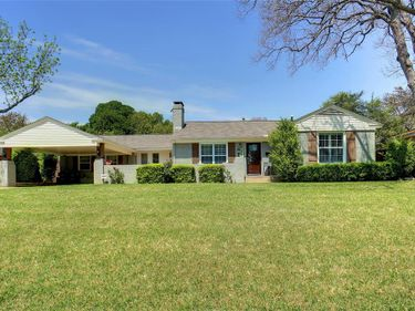 6382 Greenway Road, Fort Worth, TX, 76116,