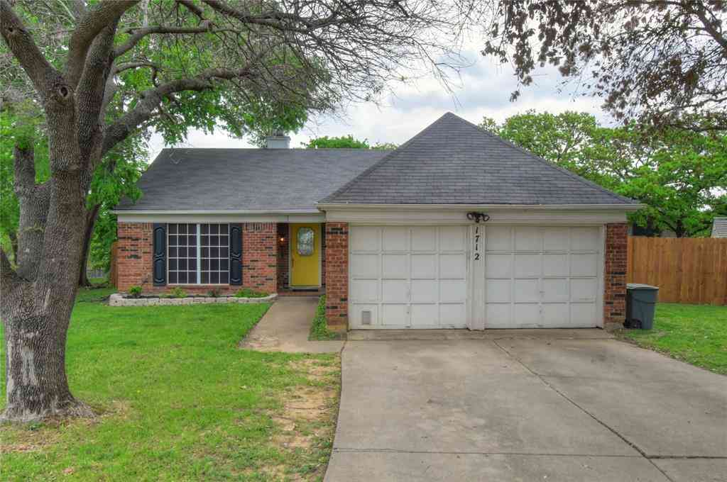 1712 Woodhollow Drive, Euless, TX, 76039,