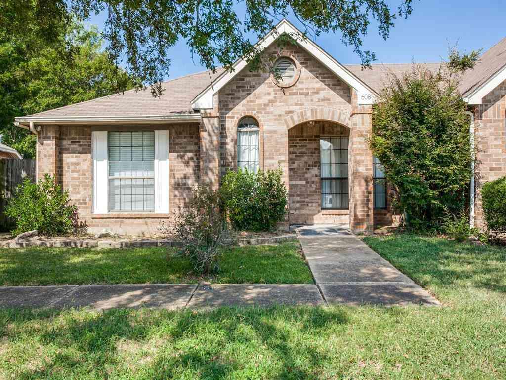 608 Thorton Court, Cedar Hill, TX, 75104,