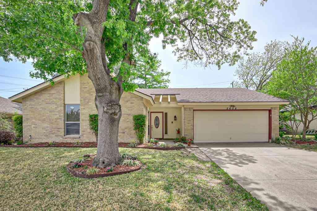 5608 Smouldering Wood Court, Arlington, TX, 76016,