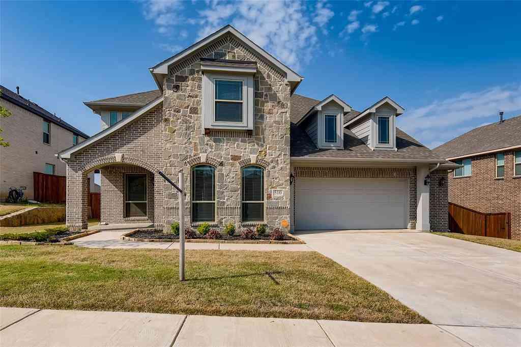 510 Kettlewood Court, Justin, TX, 76247,