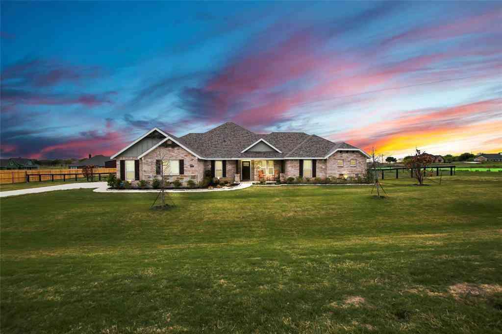 5004 Crown Court, Sanger, TX, 76266,