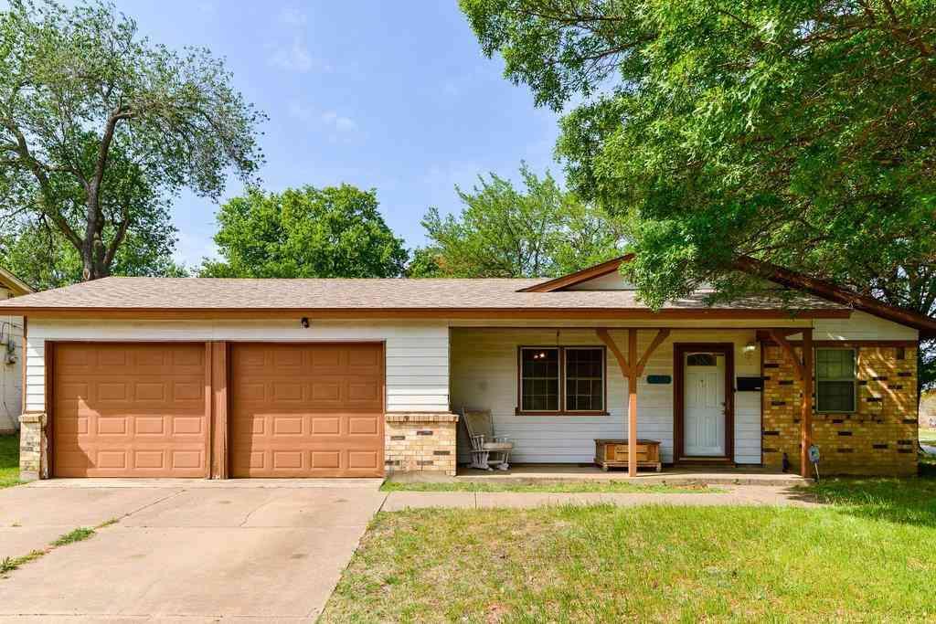 625 Smith Avenue, Crowley, TX, 76036,