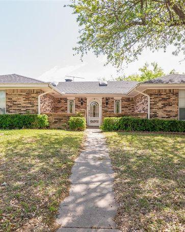 1818 W Terrace Drive Grand Prairie, TX, 75050
