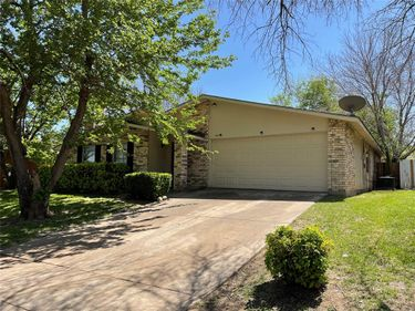 1405 Burmeister Road, Fort Worth, TX, 76134,