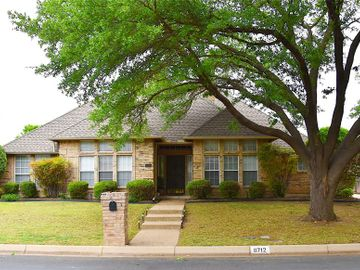 6712 Castle Creek Drive, Fort Worth, TX, 76132,