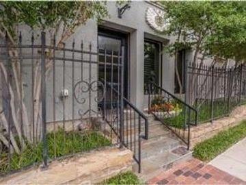 716 Grove Street, Fort Worth, TX, 76102,