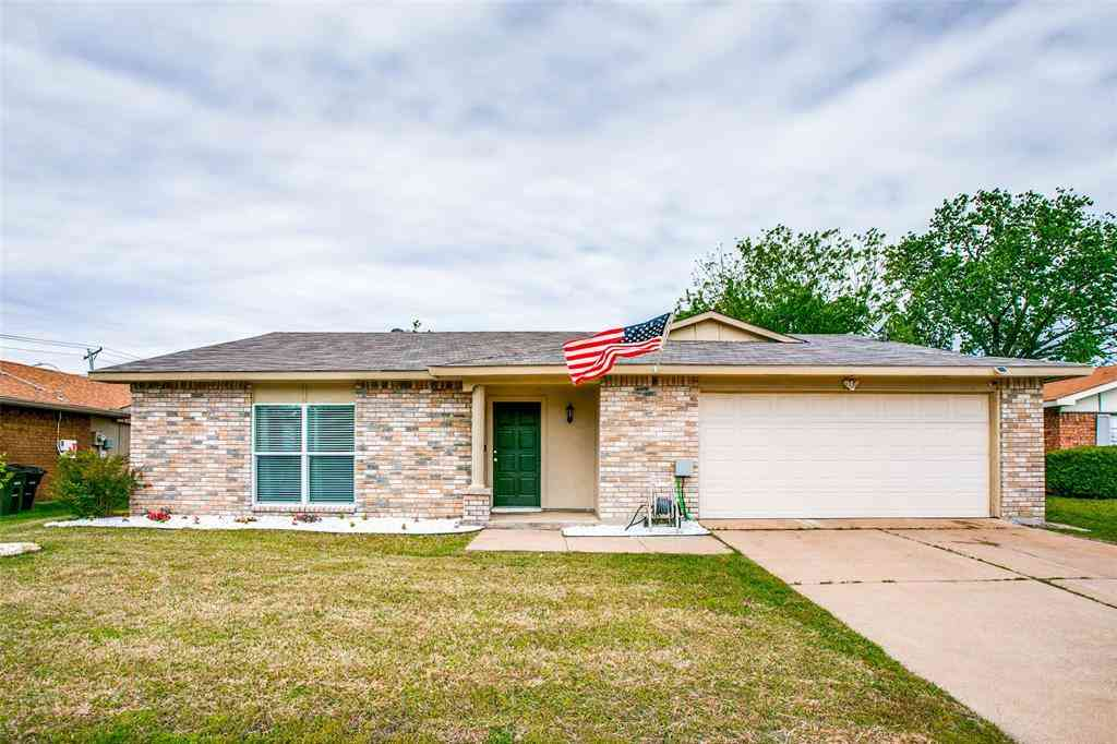 7405 Whitewood Drive, Fort Worth, TX, 76137,