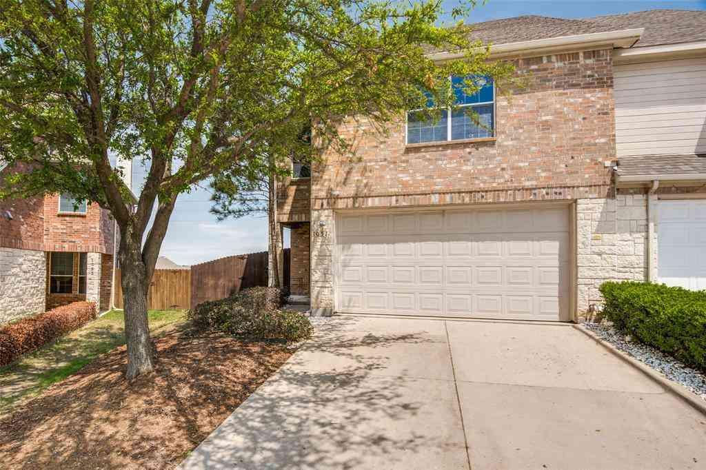 1057 Alyssa Lane, Carrollton, TX, 75006,