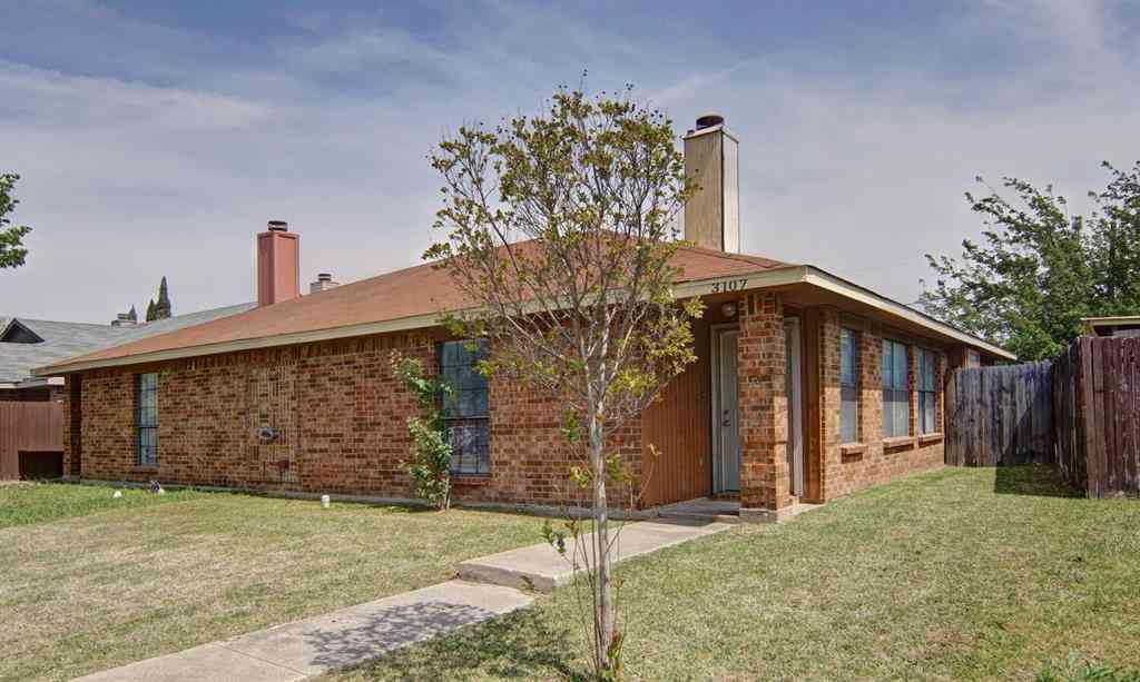 3107 Gregory Lane, Grand Prairie, TX, 75052,