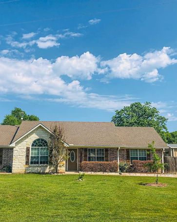 459 West Shore Dr Wills Point, TX, 75169