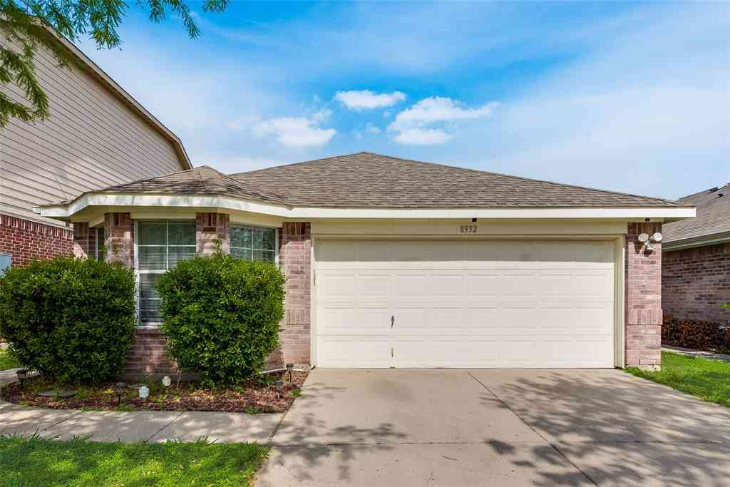 8932 Sunny Hollow Drive, Fort Worth, TX, 76179,