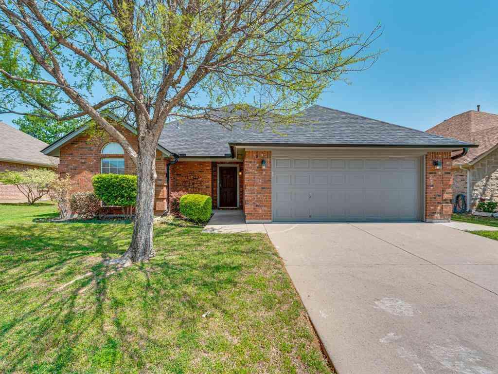 6816 Cheatham Drive, Watauga, TX, 76148,