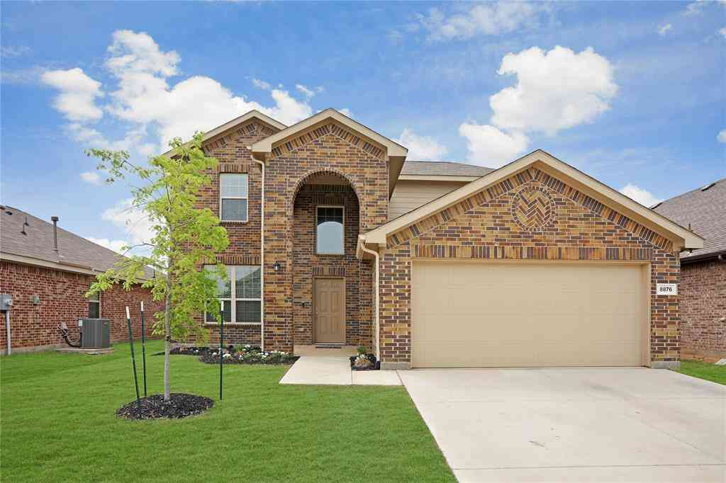 8876 Devonshire Drive, Fort Worth, TX, 76131,