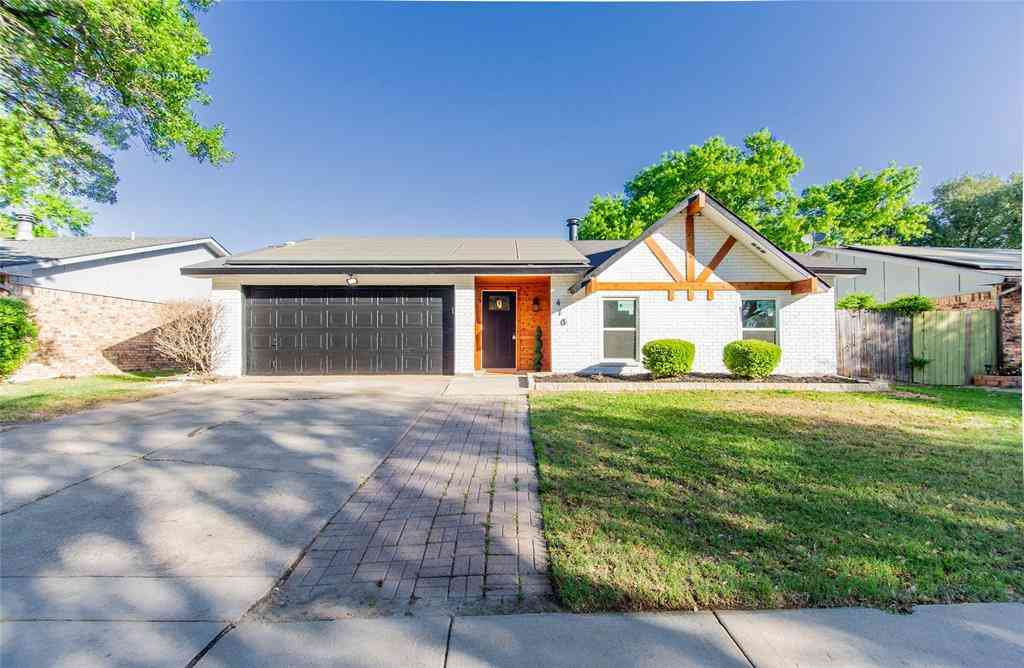 410 Parkvale Lane, Grand Prairie, TX, 75052,