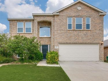 10212 Sourwood Drive, Fort Worth, TX, 76244,