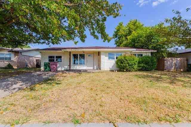 2309 Catalo Lane, Arlington, TX, 76010,