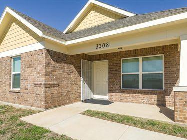 3208 Refugio Avenue, Fort Worth, TX, 76106,